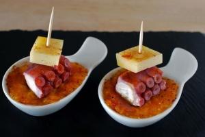 Pincho de pulpo y queso San Simón con calabaza